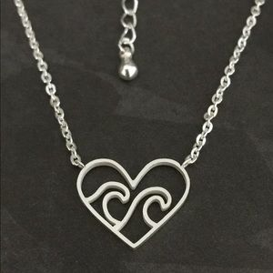 Jewelry - Heart Wave Necklace